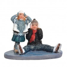 "Figurines ""Dieke And Lieke Falling On Ice"" - LUVILLE"