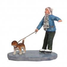 "Figurine ""Marie Skating With Dog"" - LUVILLE"