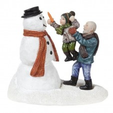 "Figurine ""Tom and Grandfather in Snow"" - LUVILLE"