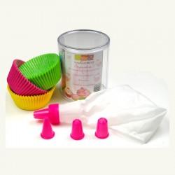 Kit pour cupcakes - 60 caissettes + une poche à douilles