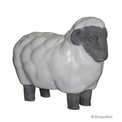 """Mouton debout """"moyen..."""
