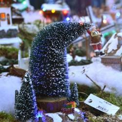 Le père Noël tombe du sapin Luville